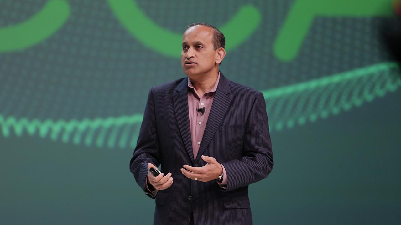 Sanjay Poonen - VMware at VeeamON